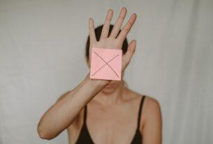 pexels-anete-lusina